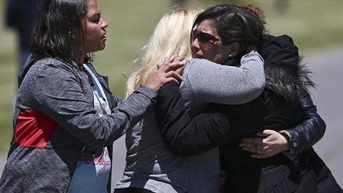 """Familiares de los tripulantes del submarino argentino: """"Están todos muertos"""""""
