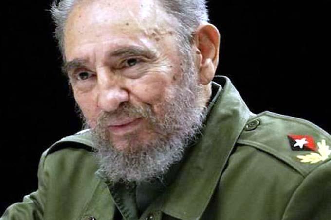 Intercambian sobre pensamiento económico y político de Fidel