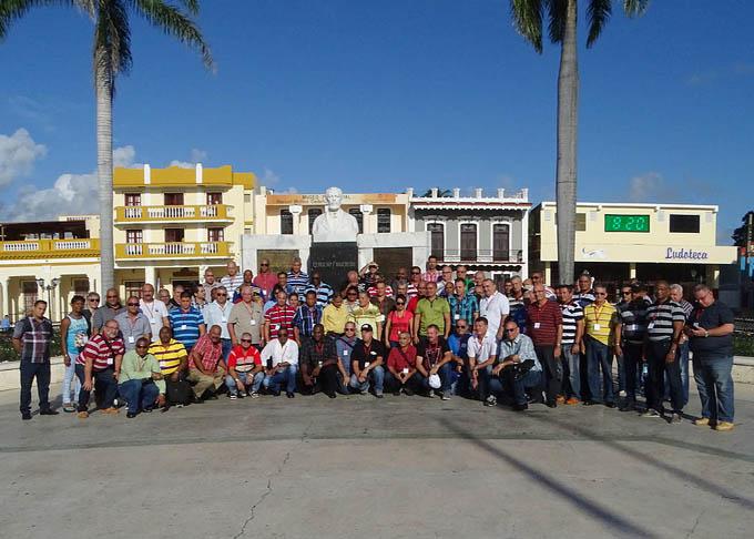 Sesiona en Bayamo Consejo de dirección del grupo empresarial de la industria alimentaria