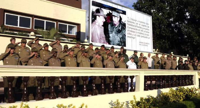 Felicita Raúl a combatientes de la Contrainteligencia Militar (+ video)