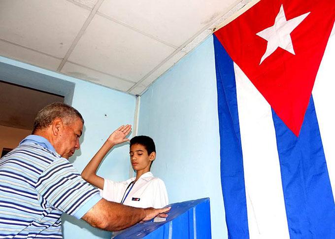 Abren colegios electorales para segunda vuelta de municipales en Cuba