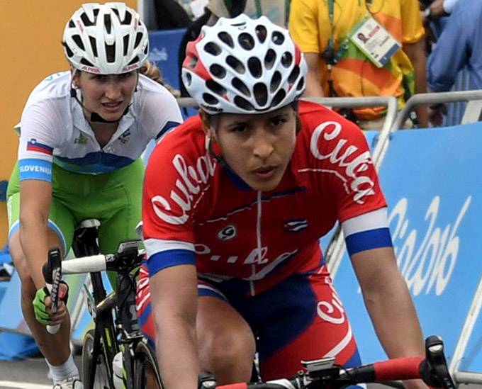 Cubana Arlenis Sierra lidera a Latinoamérica en ciclismo de ruta