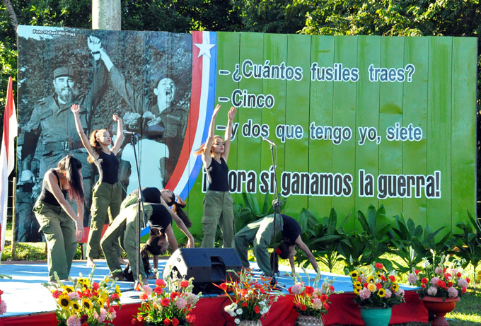 Rememoran reencuentro de Fidel y Raúl (+ fotos y video)