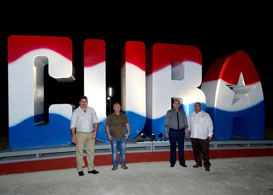 Bayamo se llena de Cuba (+ fotos)