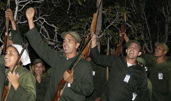 Dedican a Fidel desembarco simbólico del yate Granma