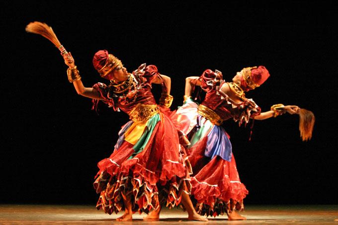 Desarrollan evento para rescatar danzas folklóricas en Cuba