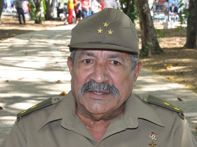 Recibirá Héroe de Cangamba estímulo del estudiantado cubano