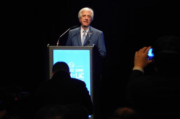 Inaugurada cumbre empresarial China-Latinoamérica en Uruguay