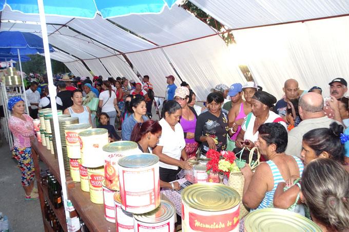 Ferias por el fin de año en Granma (+ fotos)