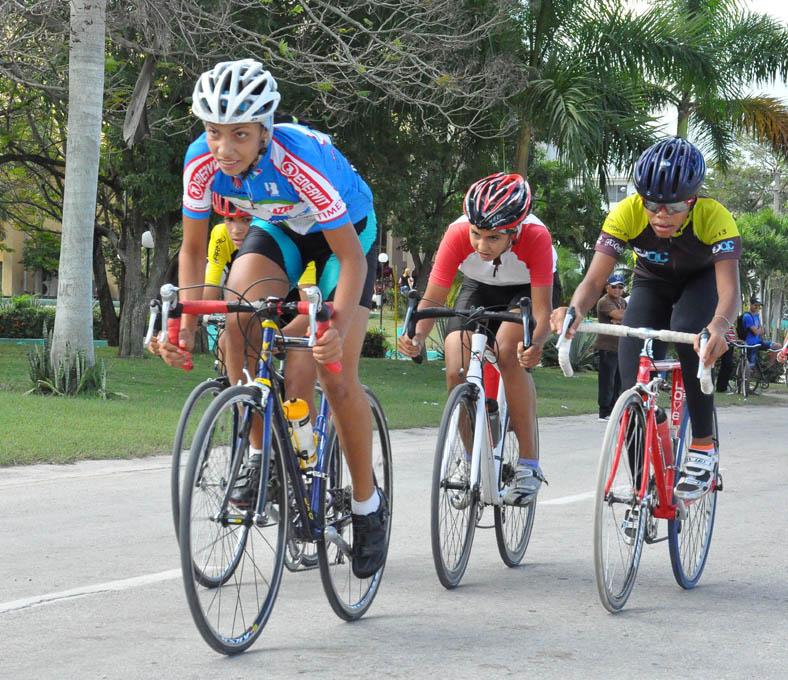 Granma ganó la Copa CNC de ciclismo