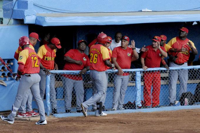 Porfía Matanzas-Las Tunas matiza recta final del béisbol cubano