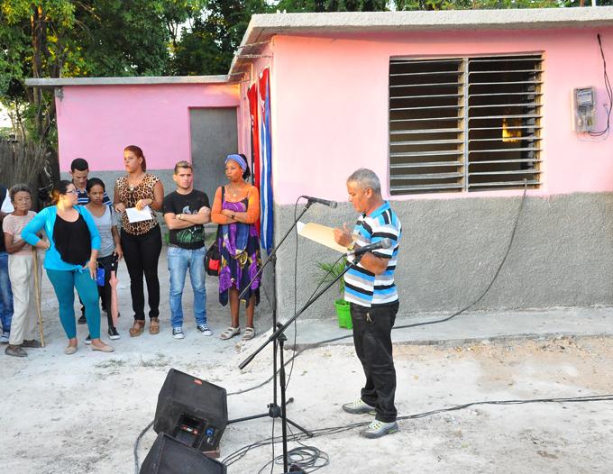Beneficiadas con subsidios para viviendas familias de Campechuela