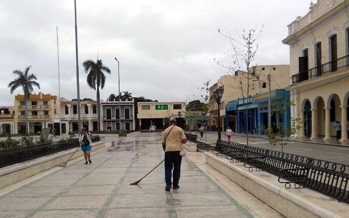 Servicios Comunales en Granma, sede del acto nacional por el día del trabajador del sector