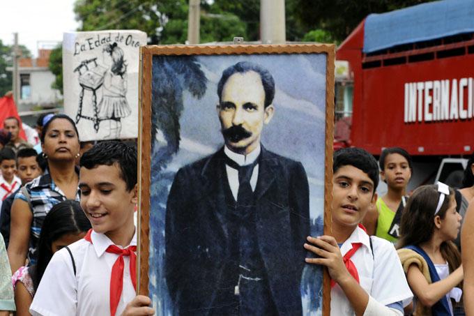 Amplio programa cultural de homenaje a Martí