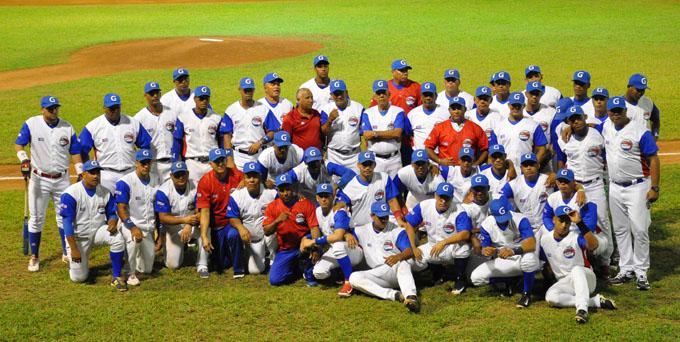 Alazanes se refuerzan para la Serie del Caribe