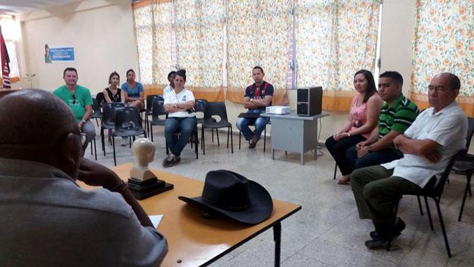 Debaten en periódico La Demajagua sobre José Martí