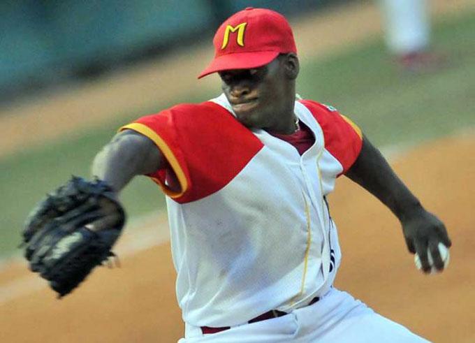 Matanzas por consolidar ventaja en postemporada del béisbol cubano (+ video)