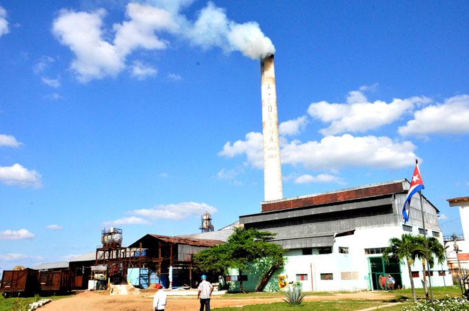 Mayor desafío en la zafra azucarera en Granma