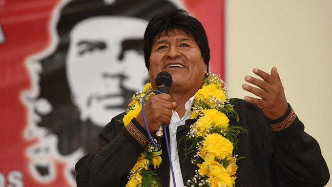 Evo Morales denuncia conspiración y reedición de campaña de mentiras