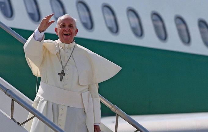 Papa Francisco partió de Lima hacia la ciudad de Trujillo