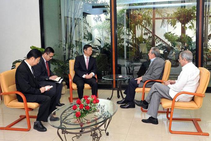 Recibió Raúl a dirigente partidista chino
