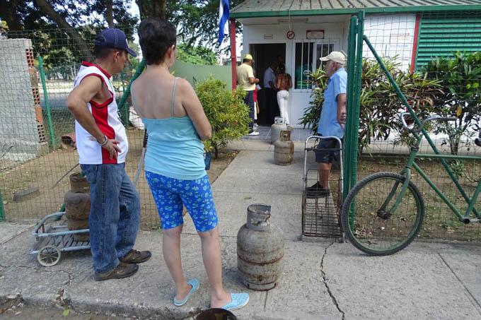 Amplían horarios en puntos de venta de gas licuado