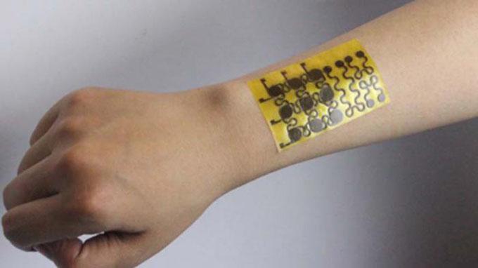 Desarrollan nueva piel electrónica reciclable que se sana sola