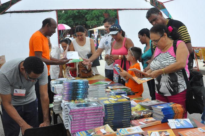 Expectativas crecen para Feria del Libro en Granma