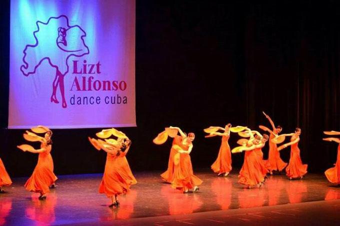 Lizt Alfonso Dance Cuba propone Alas en escenarios de Cuba y la India (+ videos)
