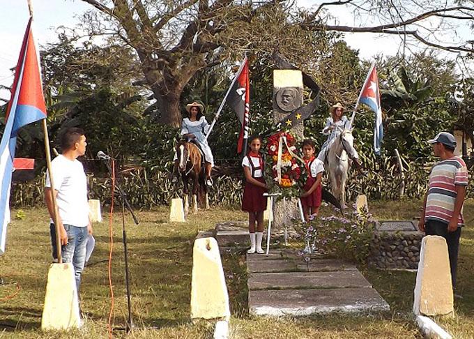 Reeditan cautocristenses cabalgata homenaje a Antonio Maceo