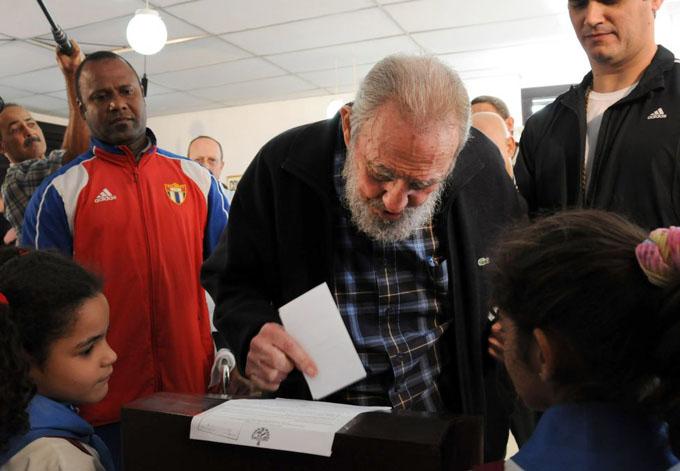 Elecciones en el barrio donde siempre votó Fidel