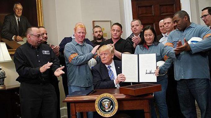 Trump oficializa aranceles sobre las importaciones de acero y aluminio