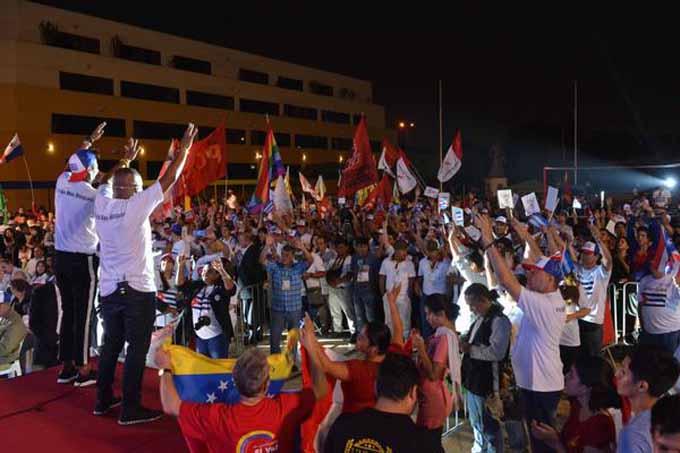 Gran acto de solidaridad continental cerró Cumbre de los Pueblos
