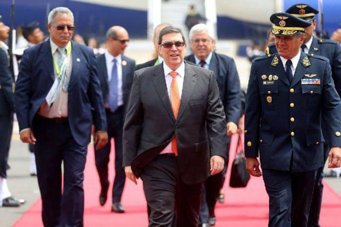 Arriba a Perú el canciller cubano, Bruno Rodríguez Parrilla (+ fotos)
