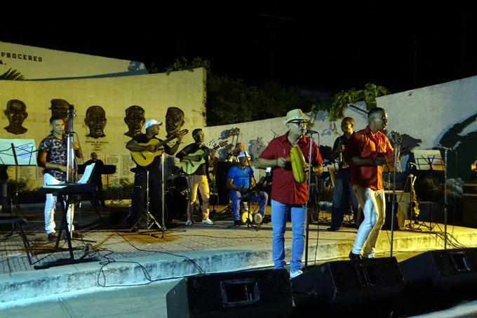 Celebra Orquesta Yakaré aniversario 38 de su fundación
