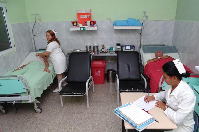 Atención de enfermería, vital para recuperar la salud