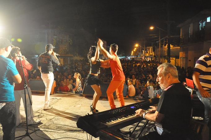 Música cubana en festejos por el Primero de Mayo