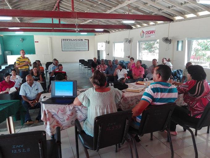 Proponen estrategias para el desarrollo local en Cauto Cristo