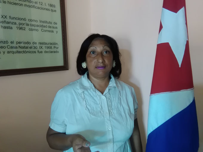 Norma desfila hoy por Fidel y la Revolución