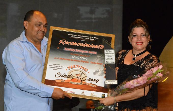 """Premian mejores obras del Festival """"Sindo Garay"""" (+ fotos y video)"""