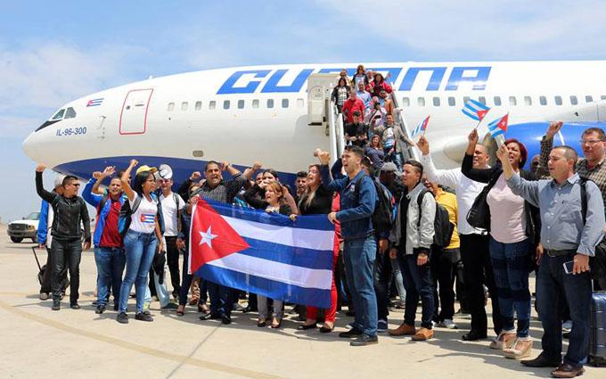 Delegación cubana rinde honores a los próceres del Perú (+ fotos y videos)