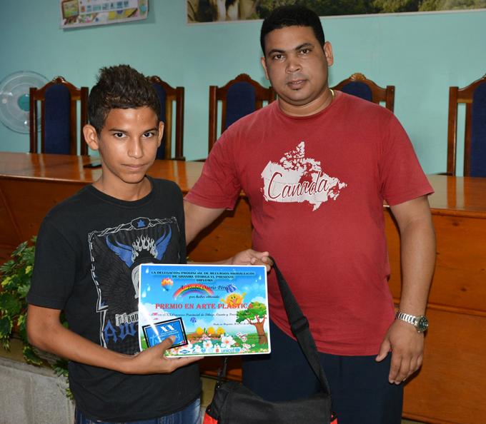 Premian a ganadores en el concurso Trazaguas (+ fotos y audios)