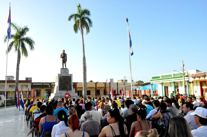 Recuerdan en Bayamo al Padre de la Patria (+ fotos)