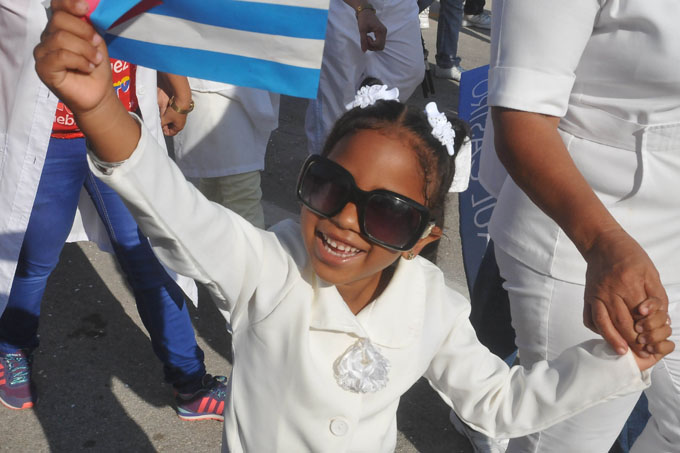 Festejan en comunidades granmenses el Primero de Mayo