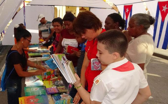 Inicia hoy Feria del Libro en Granma