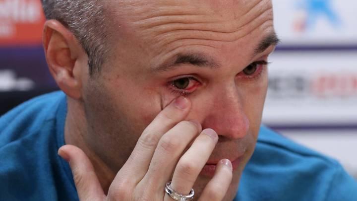 """Iniesta, adiós entre lágrimas: """"El Barça me lo ha dado todo"""""""