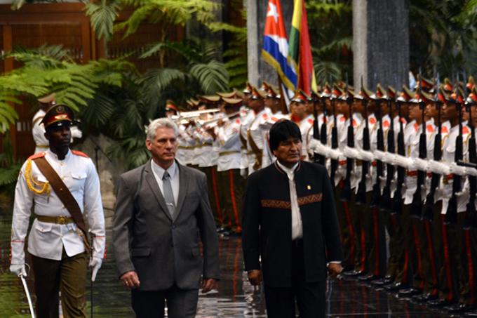 Recibió Miguel Díaz-Canel al presidente boliviano Evo Morales