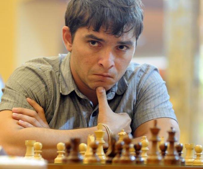 Cubano Bruzón escala en ranking mundial de ajedrez