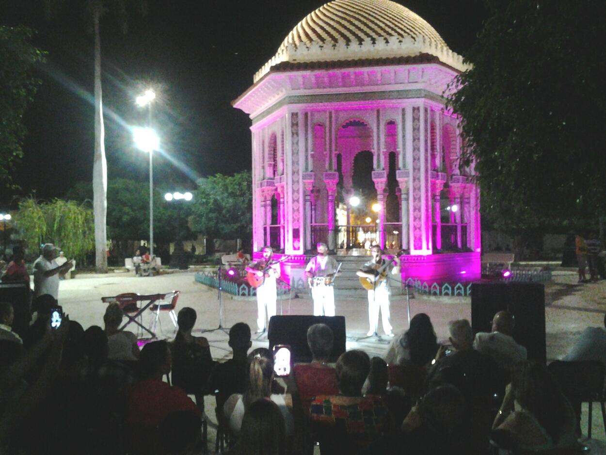 Toque de luz a la novia de Manzanillo (+ fotos)