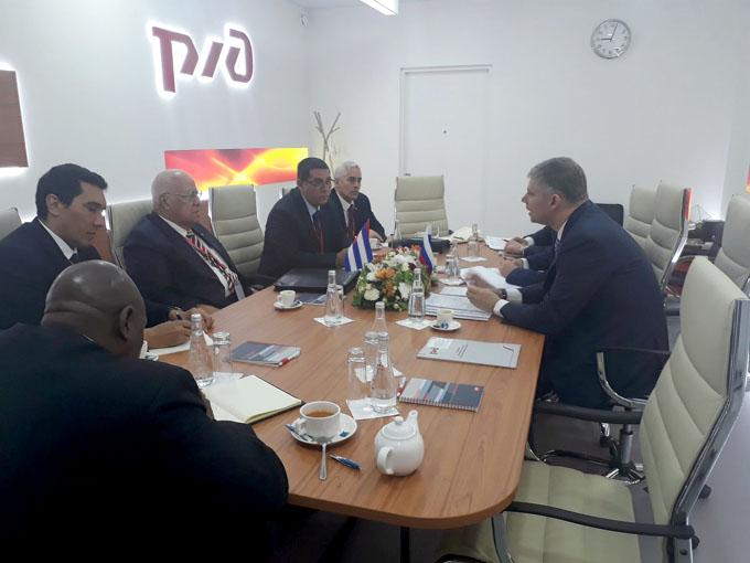 Actualizan Cuba y Rusia cooperación ferroviaria